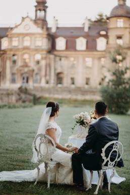 Ślub w stylu glamour i wspaniały plener na Zamku w Mosznej 132