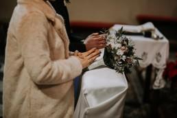 Asia i Grzesiek - Grudniowy ślub - Kościół na górce w Opolu - Restauracja Słociak 41