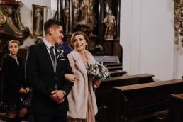 Asia i Grzesiek - Grudniowy ślub - Kościół na górce w Opolu - Restauracja Słociak 42