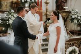 Ola i Marcin - Ślub w stylu glamour - wesele w Białej Akacji 51