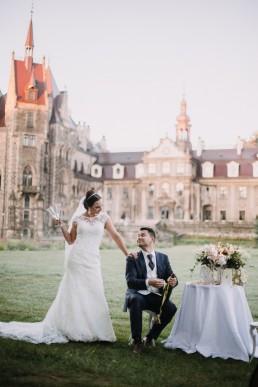 Ślub w stylu glamour i wspaniały plener na Zamku w Mosznej 139