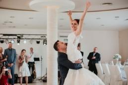 Ola i Marcin - Ślub w stylu glamour - wesele w Białej Akacji 79
