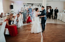 Ślub w stylu glamour i wspaniały plener na Zamku w Mosznej 80