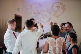 Ola i Marcin - Ślub w stylu glamour - wesele w Białej Akacji 88