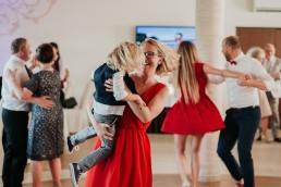 Ola i Marcin - Ślub w stylu glamour - wesele w Białej Akacji 91
