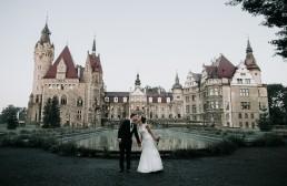 Ślub w stylu glamour i wspaniały plener na Zamku w Mosznej 126