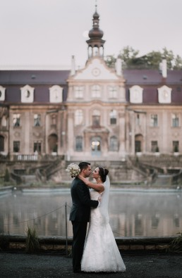 Ślub w stylu glamour i wspaniały plener na Zamku w Mosznej 127