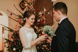 Fotografia ślubna - Piękny zimowy ślub i plener Gosi i Sebastiana 27