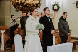 Fotografia ślubna - Piękny zimowy ślub i plener Gosi i Sebastiana 35