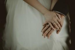 Zimowy ślub w Prudniku - Ślub w Kościele w Lasku, Wesele pod Wieżyczką, Plener na Zamku w Mosznej 87