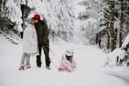 Lola, Kasia i Paweł - zimowa sesja rodzinna 8