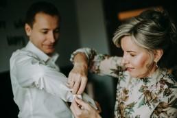 Zimowy ślub w Prudniku - Ślub w Kościele w Lasku, Wesele pod Wieżyczką, Plener na Zamku w Mosznej 11