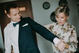 Zimowy ślub w Prudniku - Ślub w Kościele w Lasku, Wesele pod Wieżyczką, Plener na Zamku w Mosznej 15