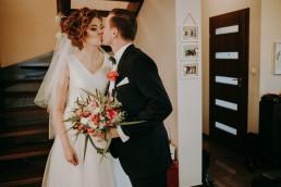 Zimowy ślub w Prudniku - Ślub w Kościele w Lasku, Wesele pod Wieżyczką, Plener na Zamku w Mosznej 31