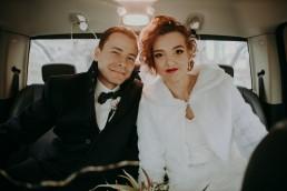 Zimowy ślub w Prudniku - Ślub w Kościele w Lasku, Wesele pod Wieżyczką, Plener na Zamku w Mosznej 36