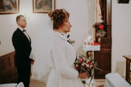 Zimowy ślub w Prudniku - Ślub w Kościele w Lasku, Wesele pod Wieżyczką, Plener na Zamku w Mosznej 39