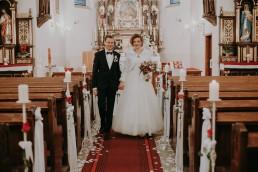 Zimowy ślub w Prudniku - Ślub w Kościele w Lasku, Wesele pod Wieżyczką, Plener na Zamku w Mosznej 49