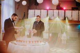 Zimowy ślub w Prudniku - Ślub w Kościele w Lasku, Wesele pod Wieżyczką, Plener na Zamku w Mosznej 55