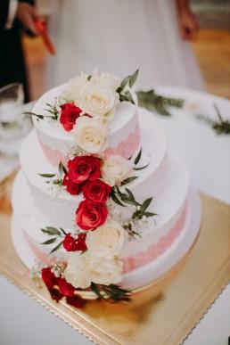 tort ślubny olbrachcice