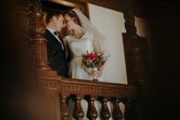 Zimowy ślub w Prudniku - Ślub w Kościele w Lasku, Wesele pod Wieżyczką, Plener na Zamku w Mosznej 79