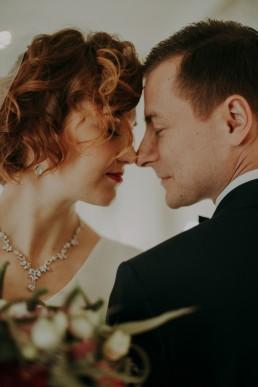 Zimowy ślub w Prudniku - Ślub w Kościele w Lasku, Wesele pod Wieżyczką, Plener na Zamku w Mosznej 78