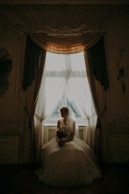 Zimowy ślub w Prudniku - Ślub w Kościele w Lasku, Wesele pod Wieżyczką, Plener na Zamku w Mosznej 76