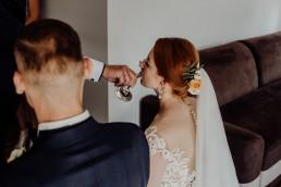 Kasia i Paweł - Magiczny leśny plener - wesele w hotelu Szara Willa 33