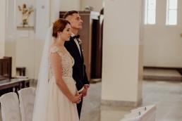 Kasia i Paweł - Magiczny leśny plener - wesele w hotelu Szara Willa 42