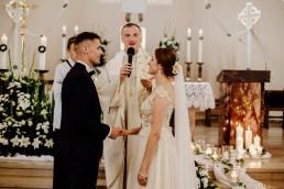 Kasia i Paweł - Magiczny leśny plener - wesele w hotelu Szara Willa 53
