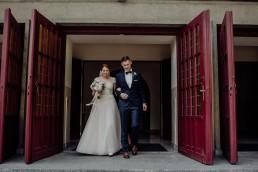 Kasia i Paweł - Magiczny leśny plener - wesele w hotelu Szara Willa 63