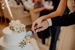 Kasia i Paweł - Magiczny leśny plener - wesele w hotelu Szara Willa 86