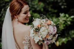 Kasia i Paweł - Magiczny leśny plener - wesele w hotelu Szara Willa 91
