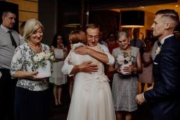 Kasia i Paweł - Magiczny leśny plener - wesele w hotelu Szara Willa 110
