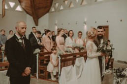 Natalia i Łukasz - Rustykalny ślub - Dworek Komorno - Szklarnia słoneczników - Pole lawendy 61