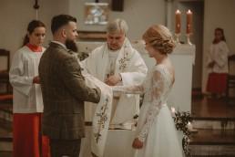 Natalia i Łukasz - Rustykalny ślub - Dworek Komorno - Szklarnia słoneczników - Pole lawendy 70