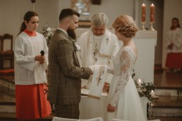 Natalia i Łukasz - Rustykalny ślub - Dworek Komorno - Szklarnia słoneczników - Pole lawendy 71