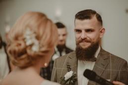 Natalia i Łukasz - Rustykalny ślub - Dworek Komorno - Szklarnia słoneczników - Pole lawendy 74