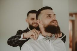 Natalia i Łukasz - Rustykalny ślub - Dworek Komorno - Szklarnia słoneczników - Pole lawendy 7