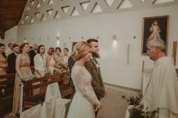 Natalia i Łukasz - Rustykalny ślub - Dworek Komorno - Szklarnia słoneczników - Pole lawendy 85
