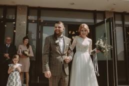 Natalia i Łukasz - Rustykalny ślub - Dworek Komorno - Szklarnia słoneczników - Pole lawendy 98