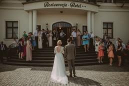 Natalia i Łukasz - Rustykalny ślub - Dworek Komorno - Szklarnia słoneczników - Pole lawendy 114