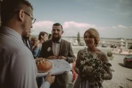 Natalia i Łukasz - Rustykalny ślub - Dworek Komorno - Szklarnia słoneczników - Pole lawendy 115