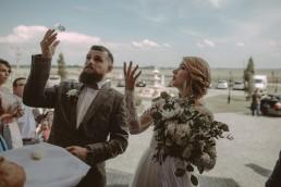 Natalia i Łukasz - Rustykalny ślub - Dworek Komorno - Szklarnia słoneczników - Pole lawendy 117