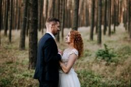 Kasia i Paweł - Magiczny leśny plener - wesele w hotelu Szara Willa 115