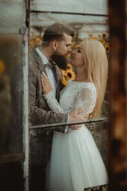 Natalia i Łukasz - Rustykalny ślub - Dworek Komorno - Szklarnia słoneczników - Pole lawendy 232