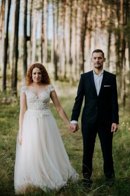 Kasia i Paweł - Magiczny leśny plener - wesele w hotelu Szara Willa 122