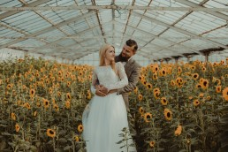 Natalia i Łukasz - Rustykalny ślub - Dworek Komorno - Szklarnia słoneczników - Pole lawendy 214