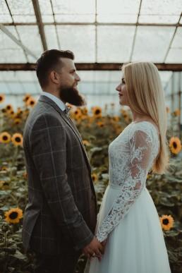 Natalia i Łukasz - Rustykalny ślub - Dworek Komorno - Szklarnia słoneczników - Pole lawendy 217