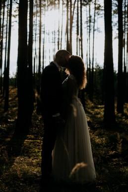 Kasia i Paweł - Magiczny leśny plener - wesele w hotelu Szara Willa 124