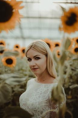 Natalia i Łukasz - Rustykalny ślub - Dworek Komorno - Szklarnia słoneczników - Pole lawendy 227